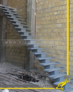 پله سازه میانی(ستون فقراتی)
