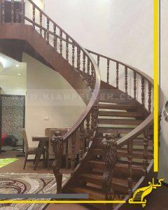 پله چوبی شمشیری